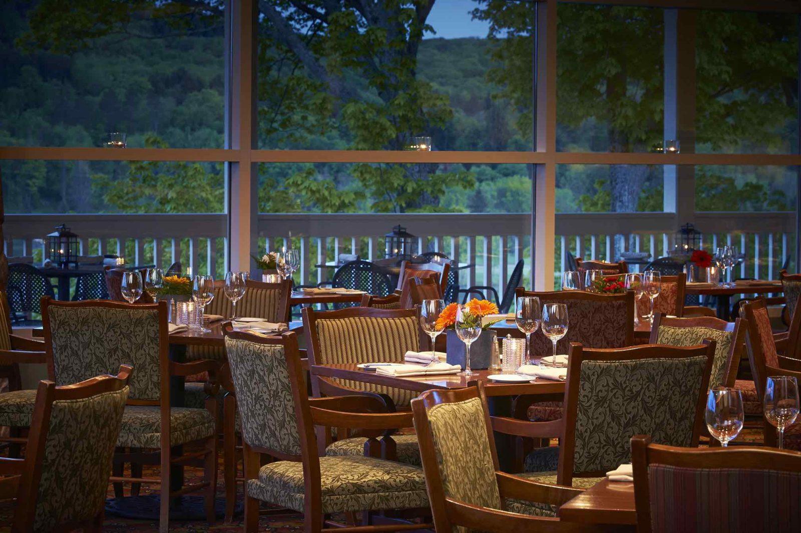 Interior view of Eclipse restaurant at Deerhurst Resort in Huntsville