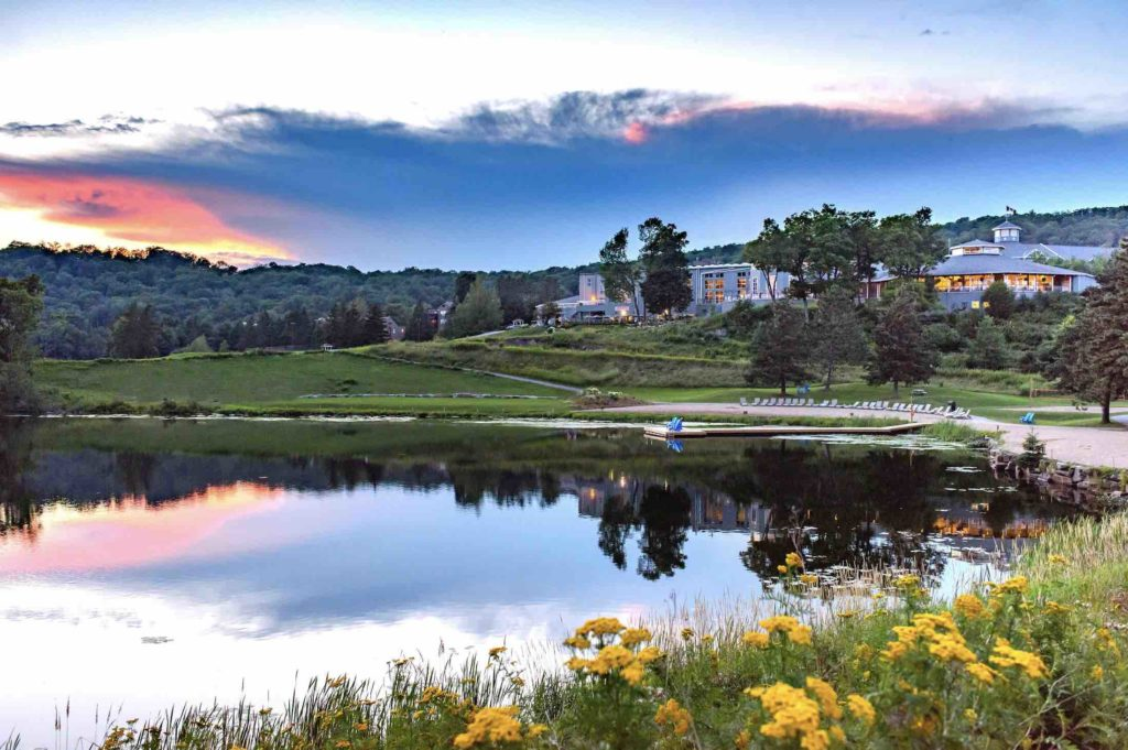 Deerhurst Resort:  Huntsville's World-class Luxury Hotel