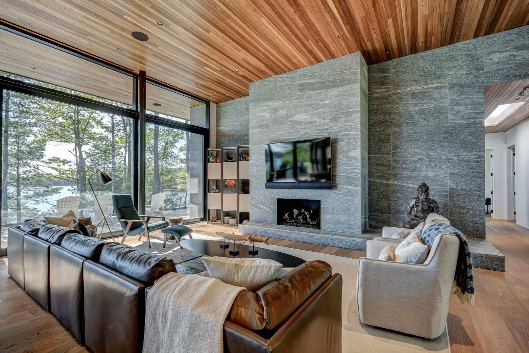 05- Lake Muskoka Getaway luxury muskoka cottage rentals