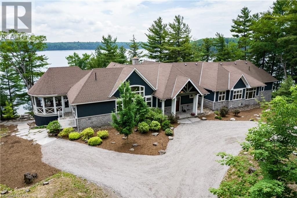 Lake Muskoka Luxury cottage for sale
