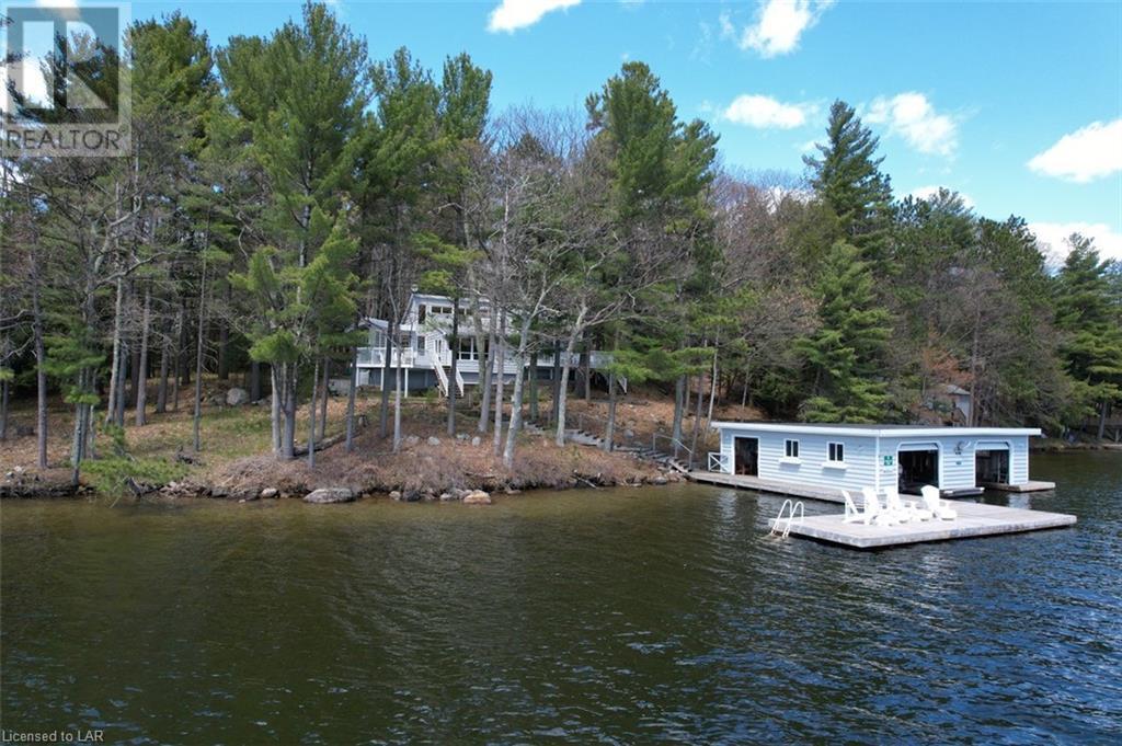 fairylands-island cottage and boathouse Muskoka Lakes