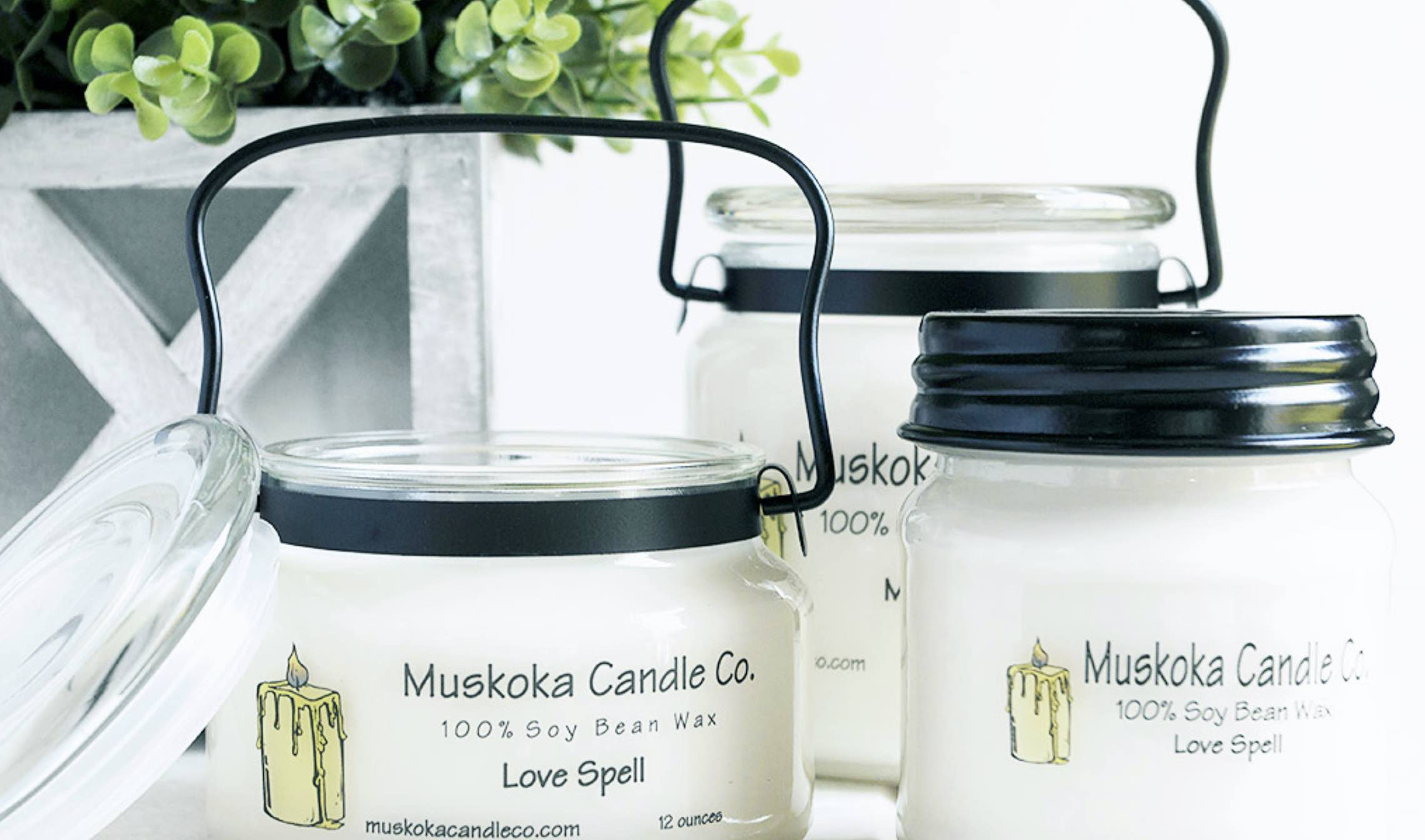 Muskoka Candle Co souvenir shopping in Muskoka candle display
