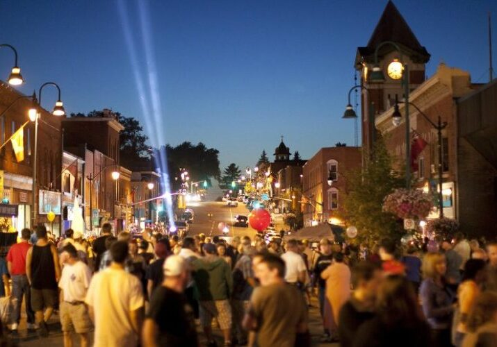 Downtown Bracebridge with shopping at night